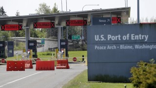 Canada, US extend border closure to non-essential travel