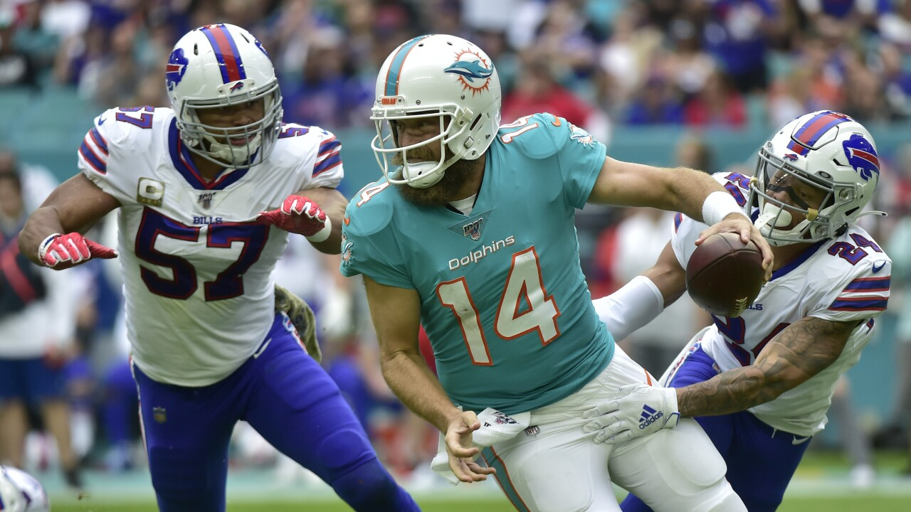Buffalo Bills linebacker Lorenzo Alexander announces he's retiring after 13 seasons