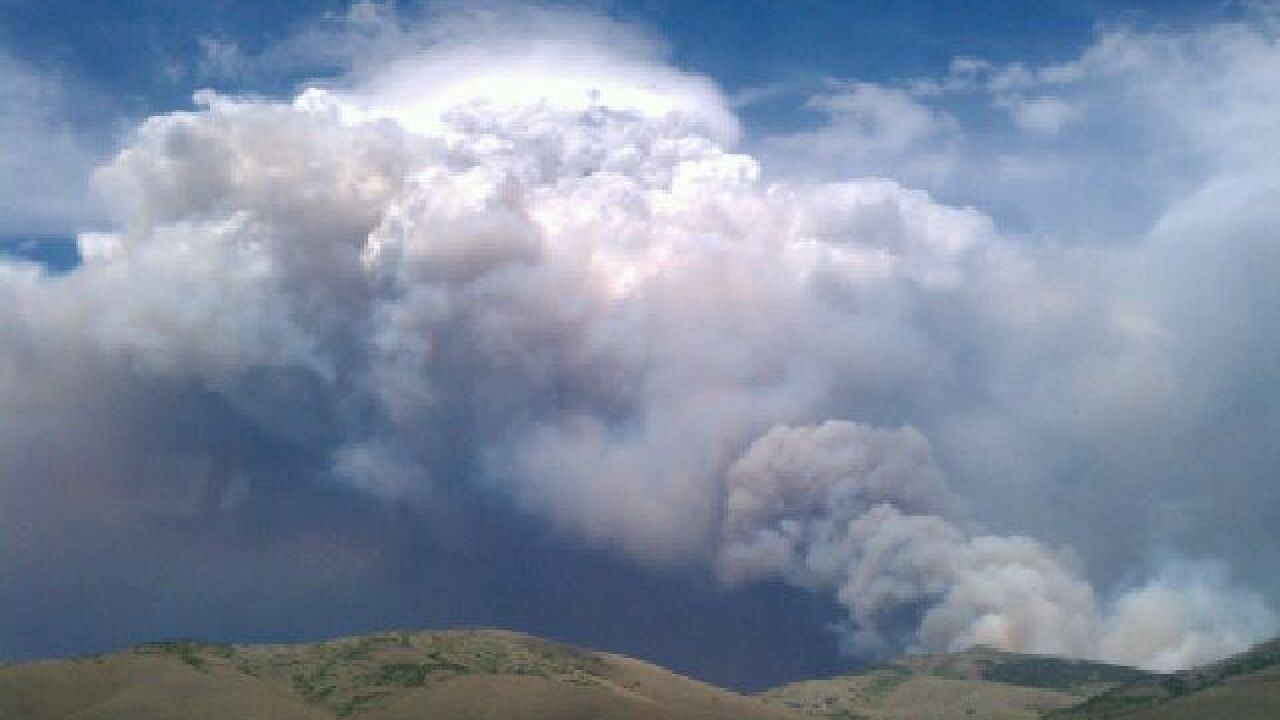 Residents evacuate as Sanpete Co. wildfire spreads