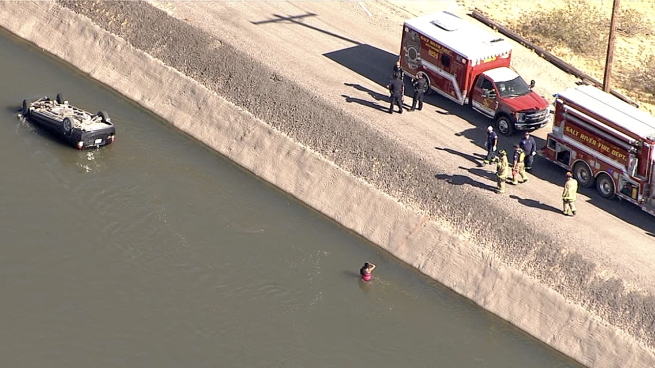Car into canal Salt-River Indian Community