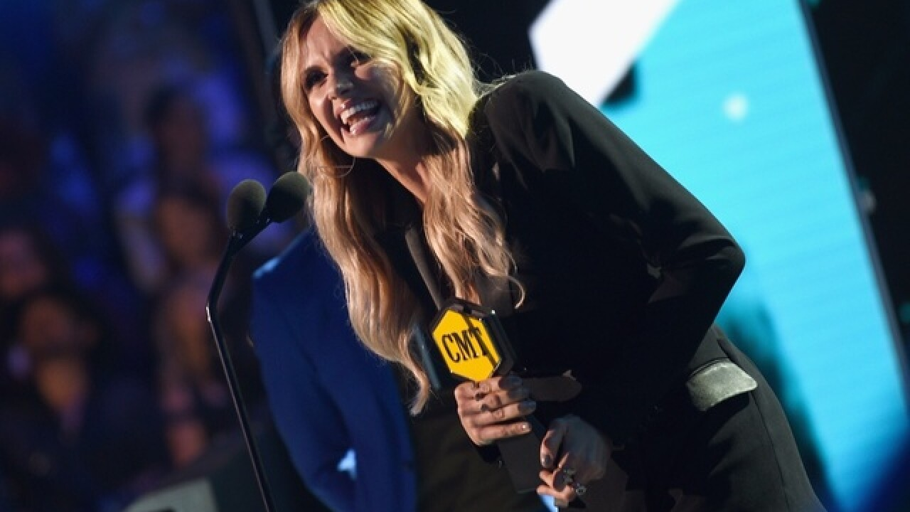 Taylor Mill native Carly Pearce wins Breakthrough Video of the Year at CMT Awards