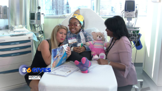 Nikki-Dee and Reba throw Build-A-Bear party at children's hospital