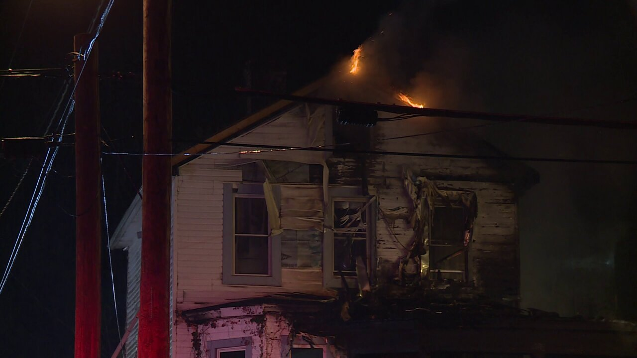 Partial collapse at Petersburg vacant house fire