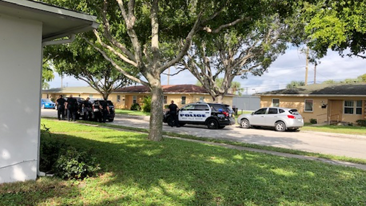 Person robbed at Family Dollar in West Palm Beach; All roads reopen