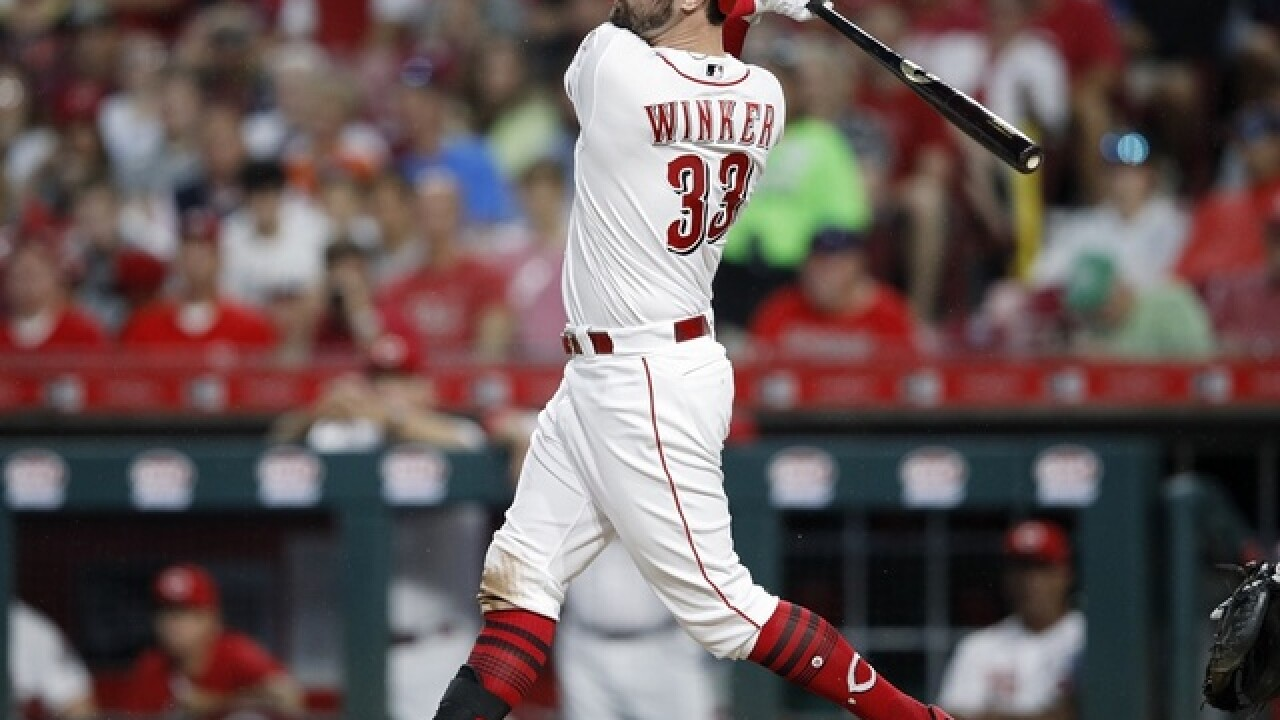 Winker's grand slam rallies Reds past Cubs 6-2