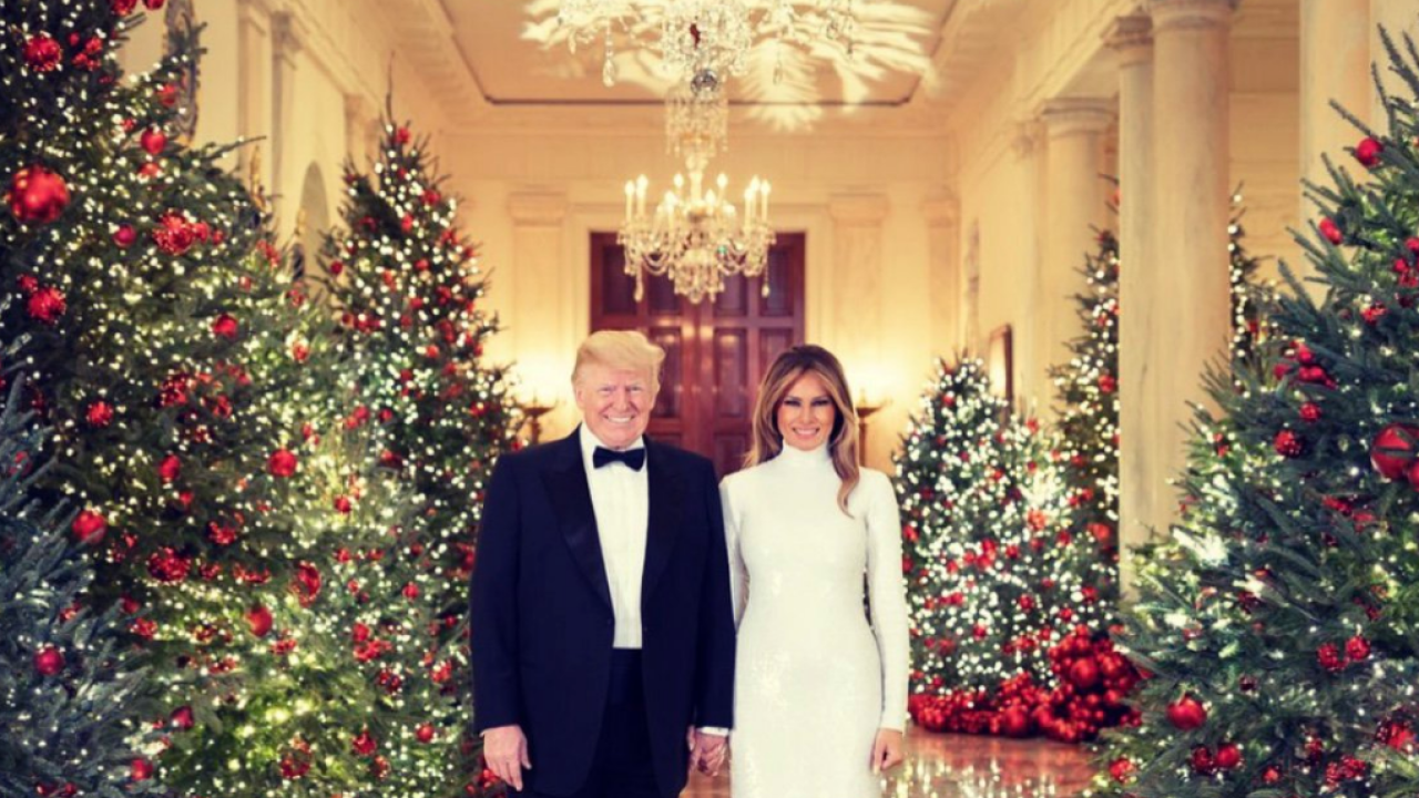 Official 2018 Christmas portrait