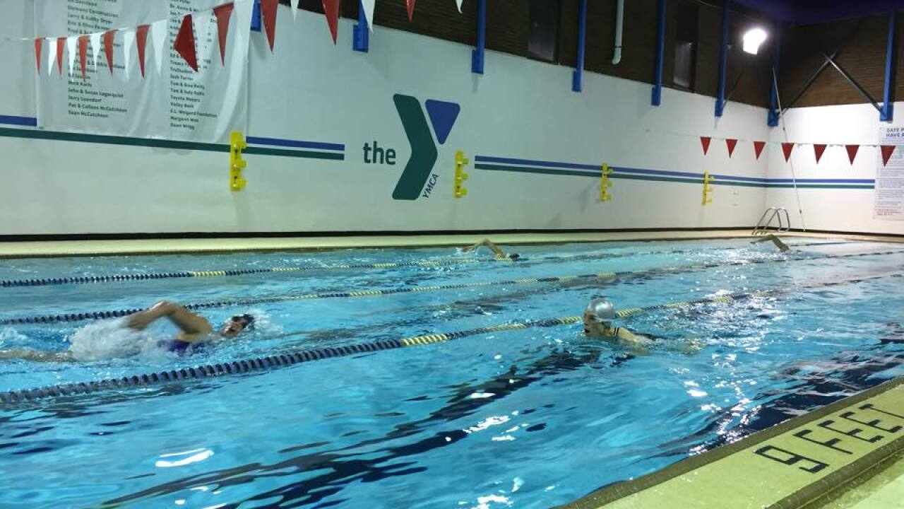 Ed Kellner Mile Swim competitors dive in on NYE