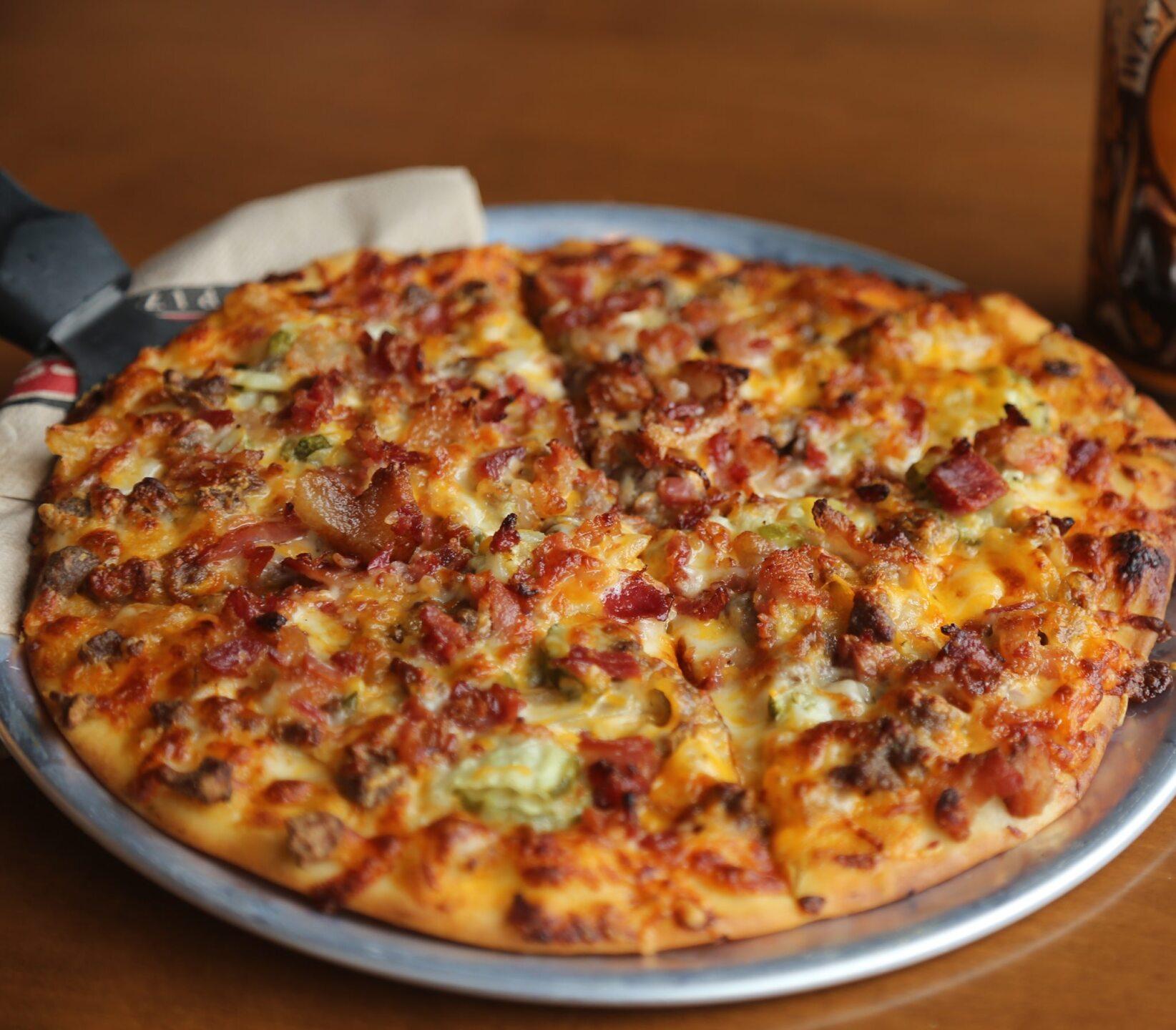 Cheeseburger Deluxe Pizza.jpg