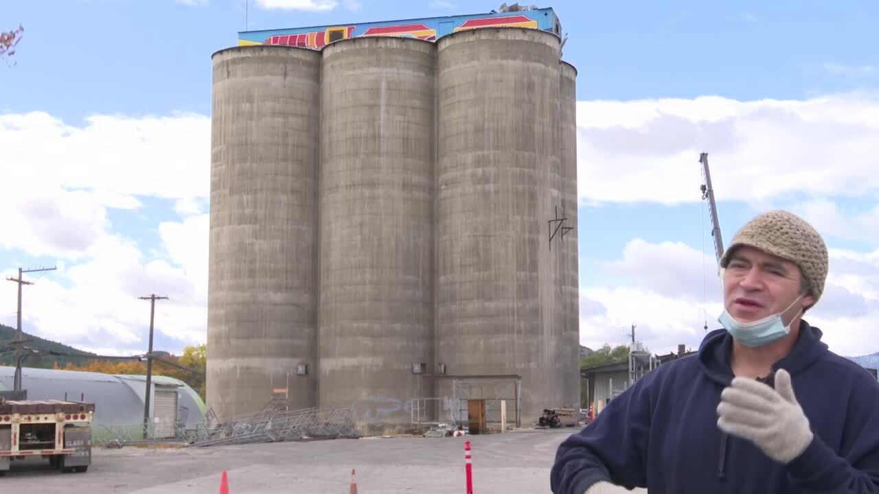 New artwork replaces anti-Semitic graffiti on historic Kalispell silos
