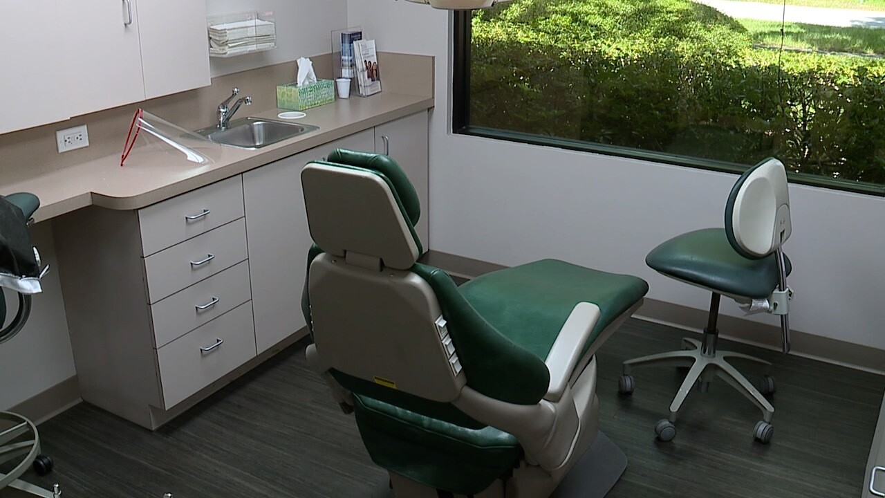 Aspiring Fla. dentists, hygienists ask Gov. to change exam rules for licensure amid coronavirus concerns