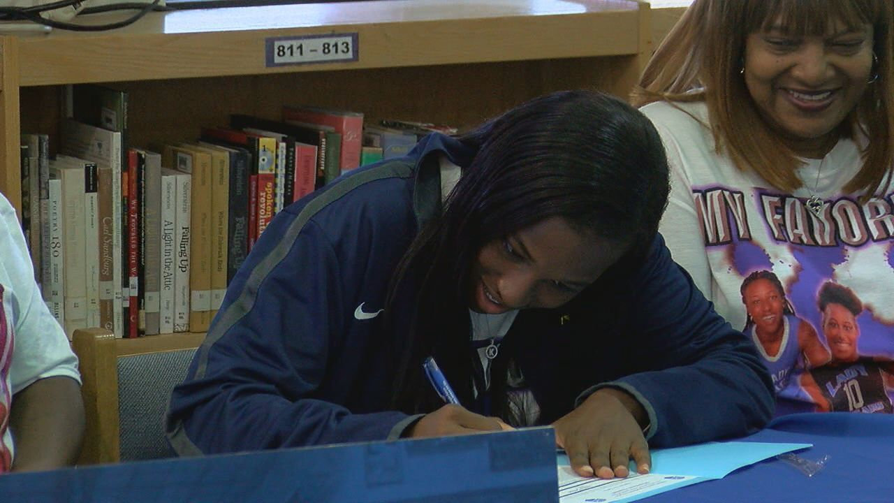 Godby hooper signs with Andrew College
