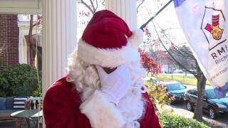Munnings Santa Gives.jpg