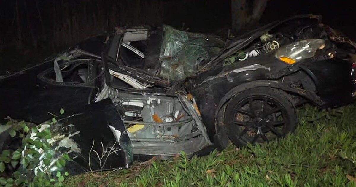 Driver crashes into tree off I-15 in City Heights area