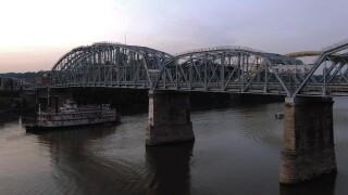 Purple People Bridge.jpg