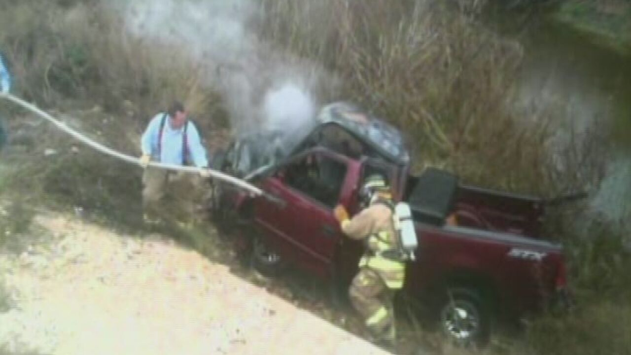"Man texts ""need to quit texting"" before driving off cliff"