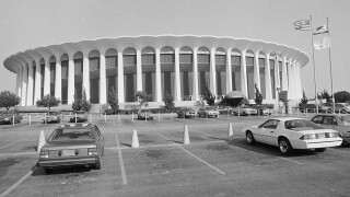 Ballmer to buy Forum, clearing way for new Clippers arena
