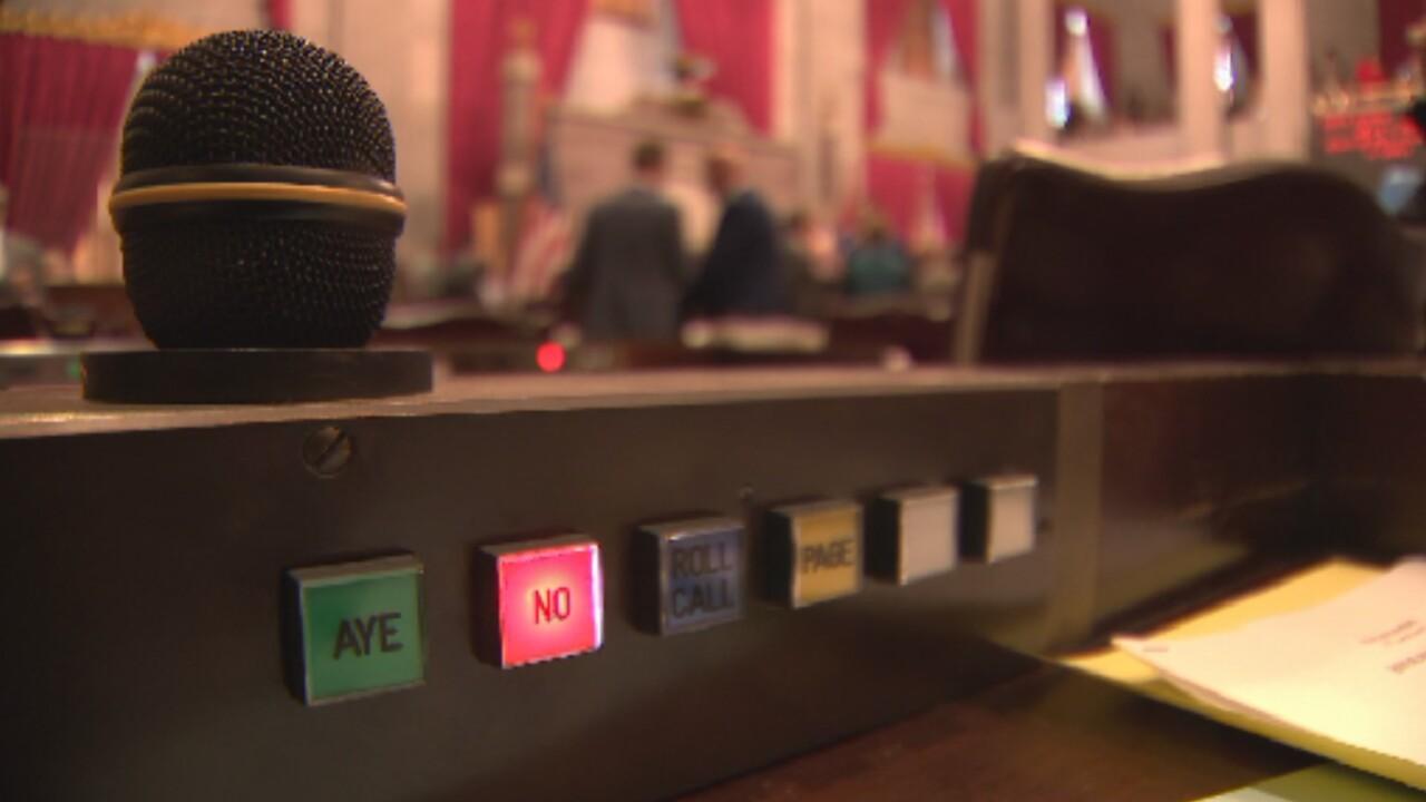Tennessee legislature voting machine.jpg