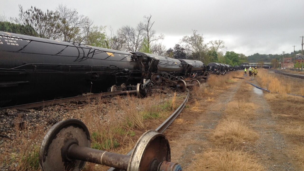 Officials discuss rerouting trains around Richmond that transport volatile oil