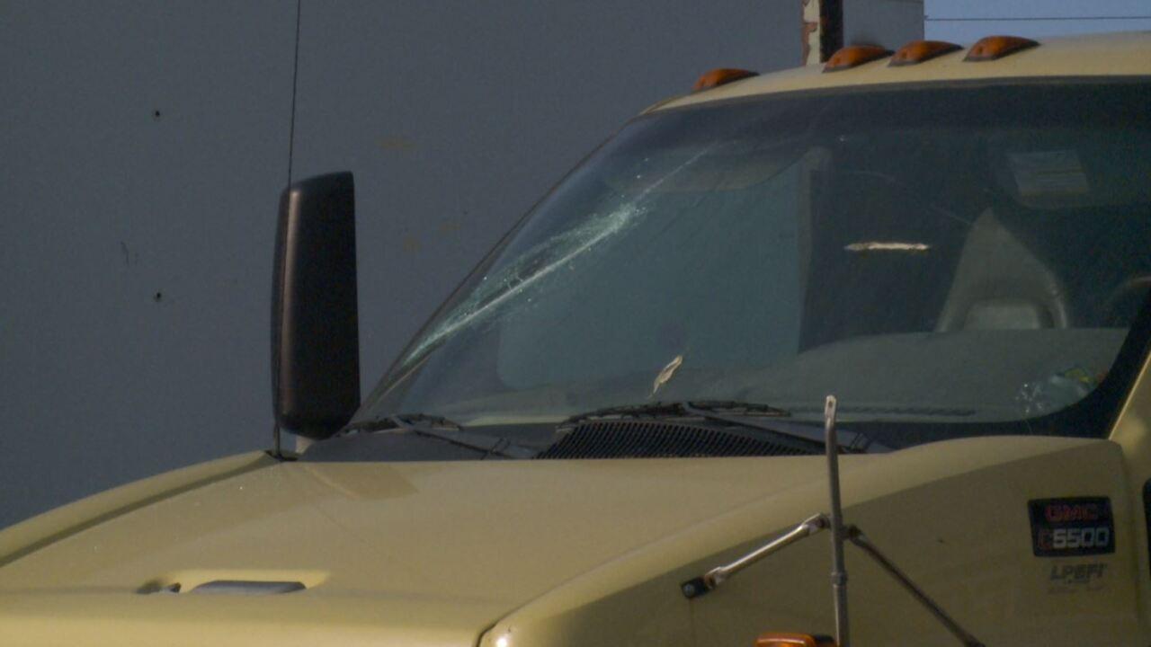 windshield2.JPG