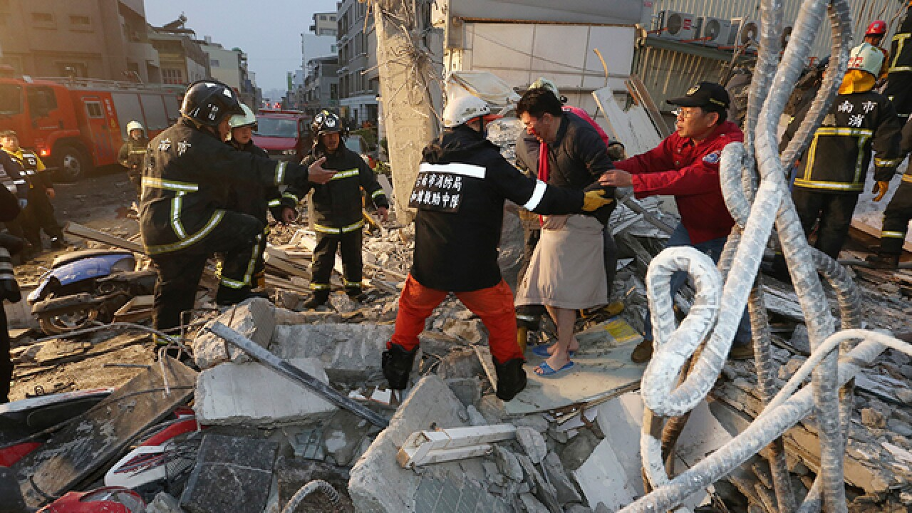 6.4 quake rocks Taiwan; at least 1 building down