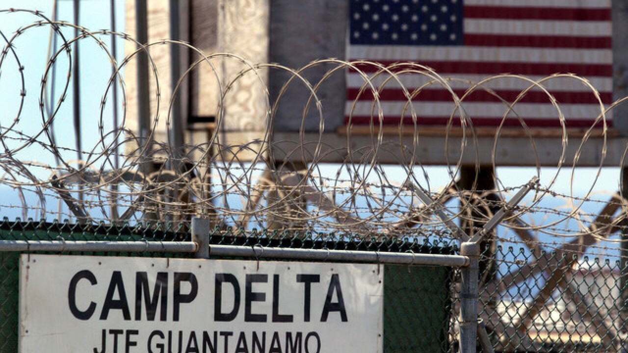 Obama to transfer more Gitmo detainees despite Trump's objection