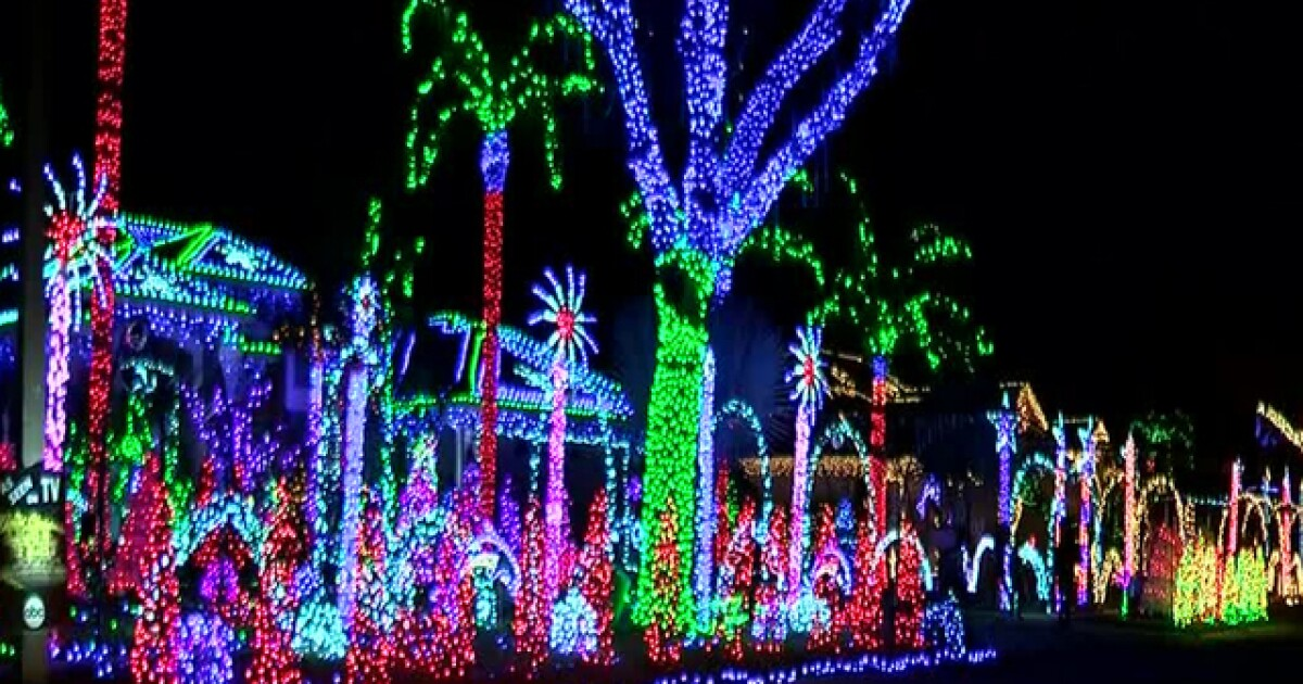 Christmas Light Fight.Riverview Family Featured On Abc S Great Christmas Light Fight