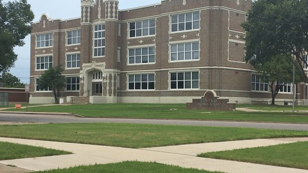 1 arrested for threat to Bartlesville school