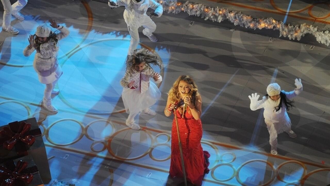A Christmas Melody.Recap Mariah Carey S Cincy Shot Tv Movie Debut