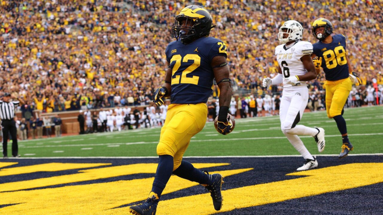 Michigan up to No. 19, Michigan State drops to No. 25 in AP Top 25