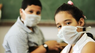 Generic students, students with masks, classroom