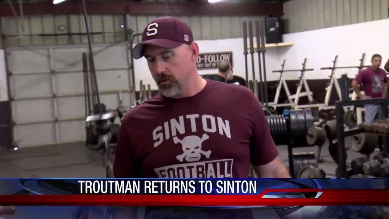 New Sinton coach excited about chance to return to his football roots