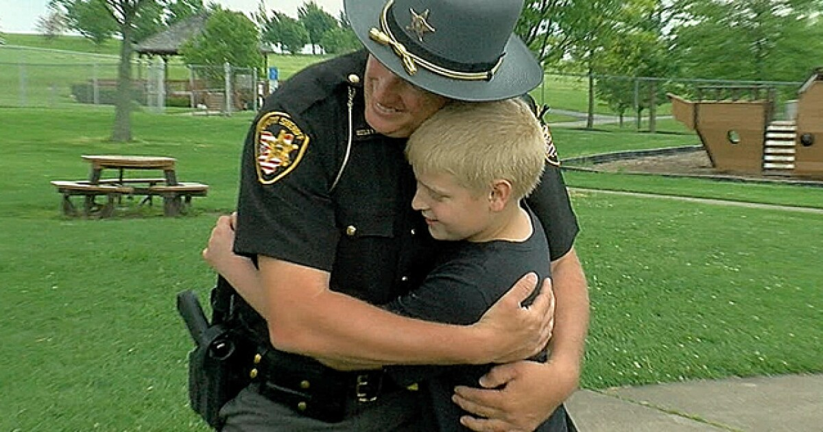 Butler County Sheriff's deputies surprise 10-year-old with autism at