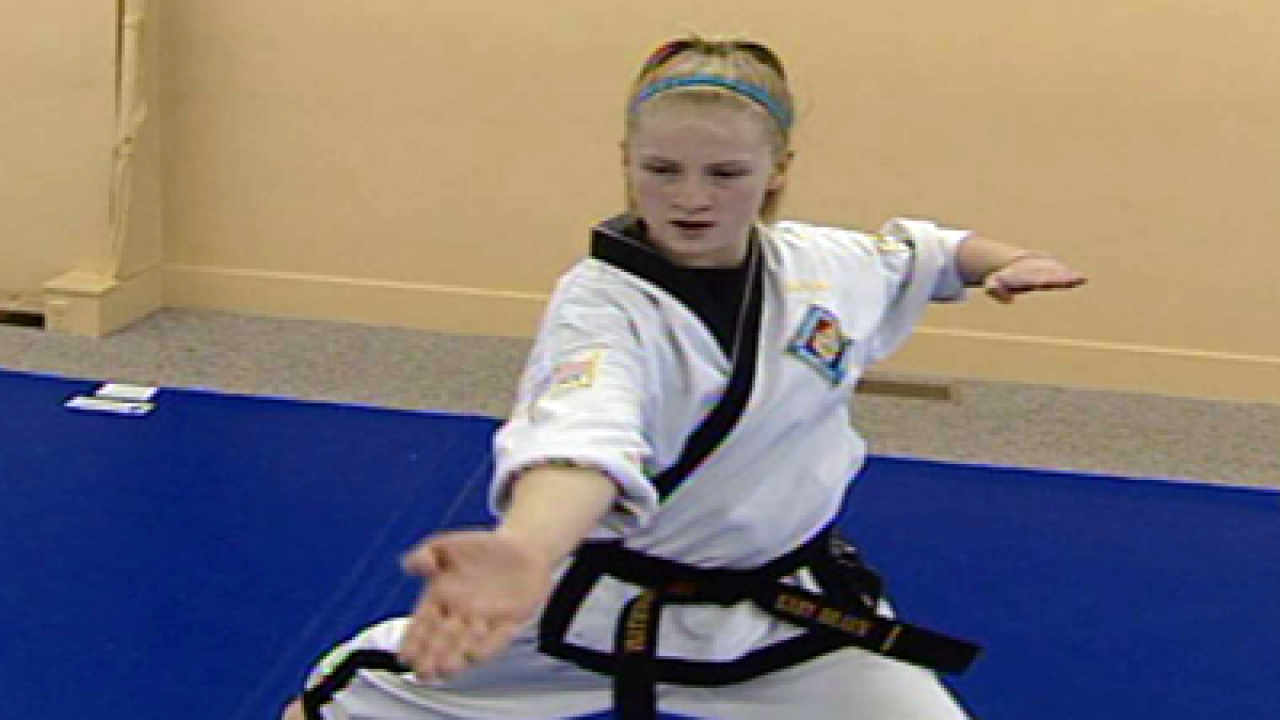 13-year-old girl is an extreme martial artist
