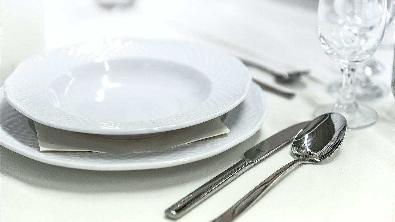 generic-dining-eating-PEXELS.jpg