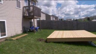 West Michigan woman says deck incomplete, not up tocode