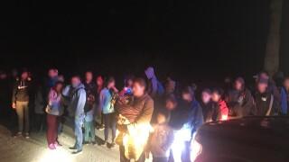 KNXV Lukeville 231 Migrants Surrender