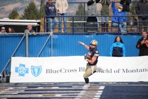 QB Tommy Mellott celebrates his 74-yard touchdown run in the second quarter