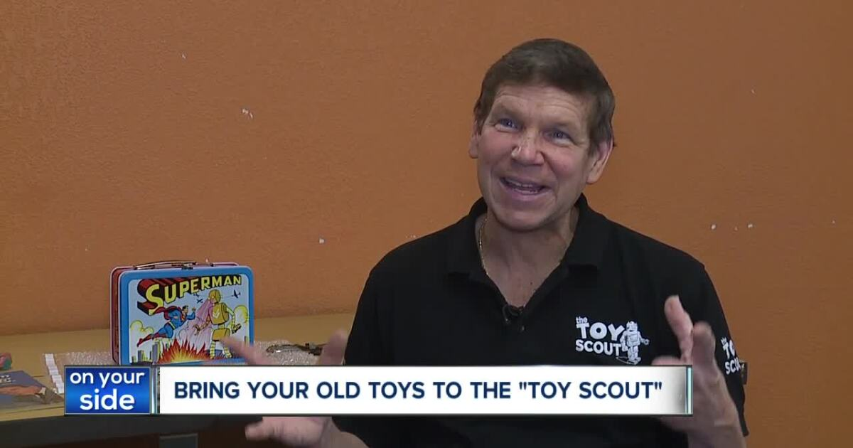 'Pawn Stars' expert Joel Magee buying vintage toys in CLE