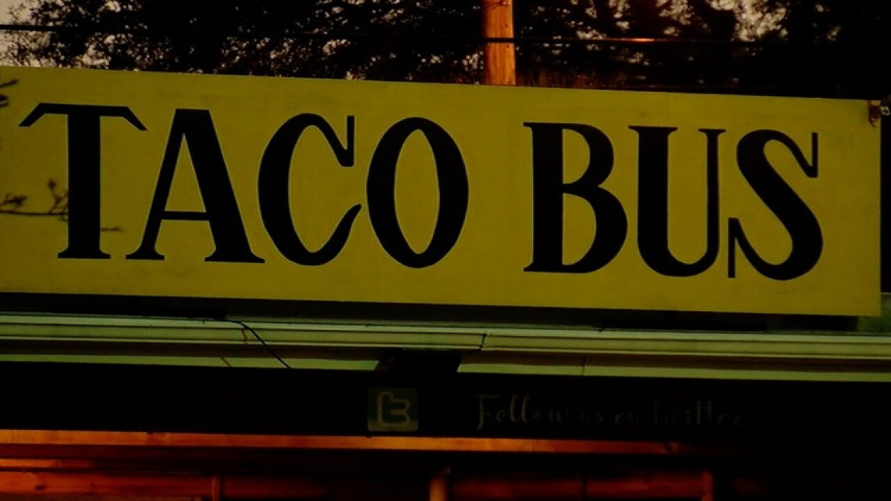 Dirty Dining: Taco Bus closes for sewage inside