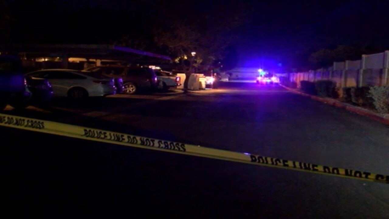Man shot dead in Ahwatukee, suspect sought