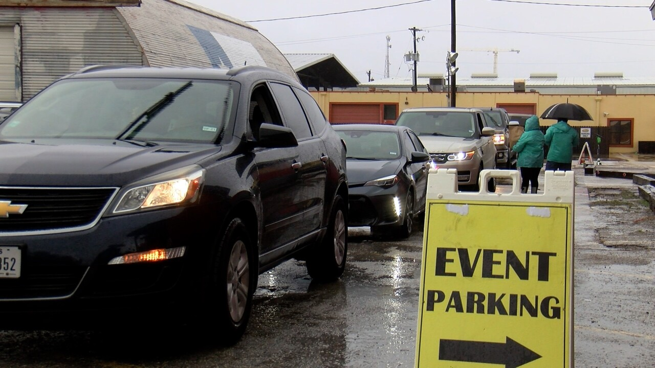 Despite pandemic and heavy rains, CC shoppers step up for Small Business Saturday