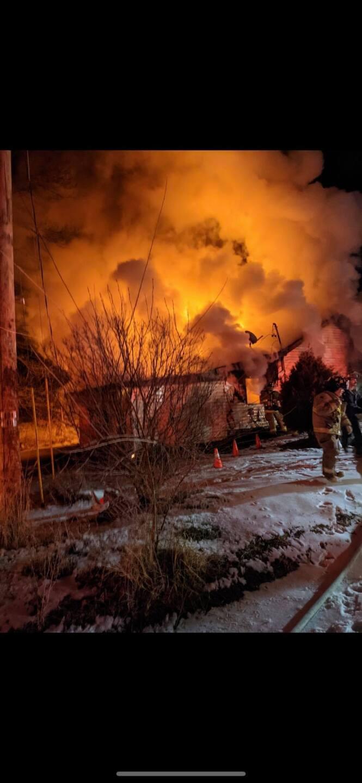 Saranac House Fire 02.jpg