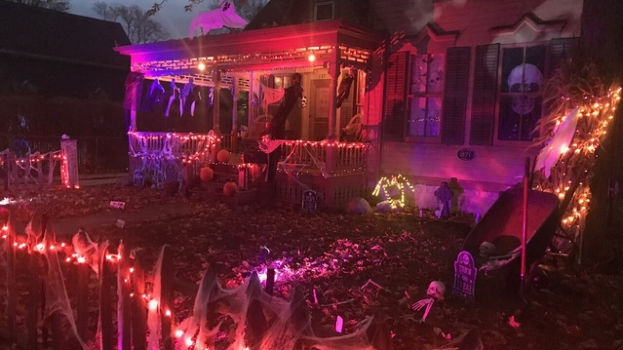 Tillson Street Halloween 2020 Here's what you need to know about Halloween on Tillson St. in Romeo