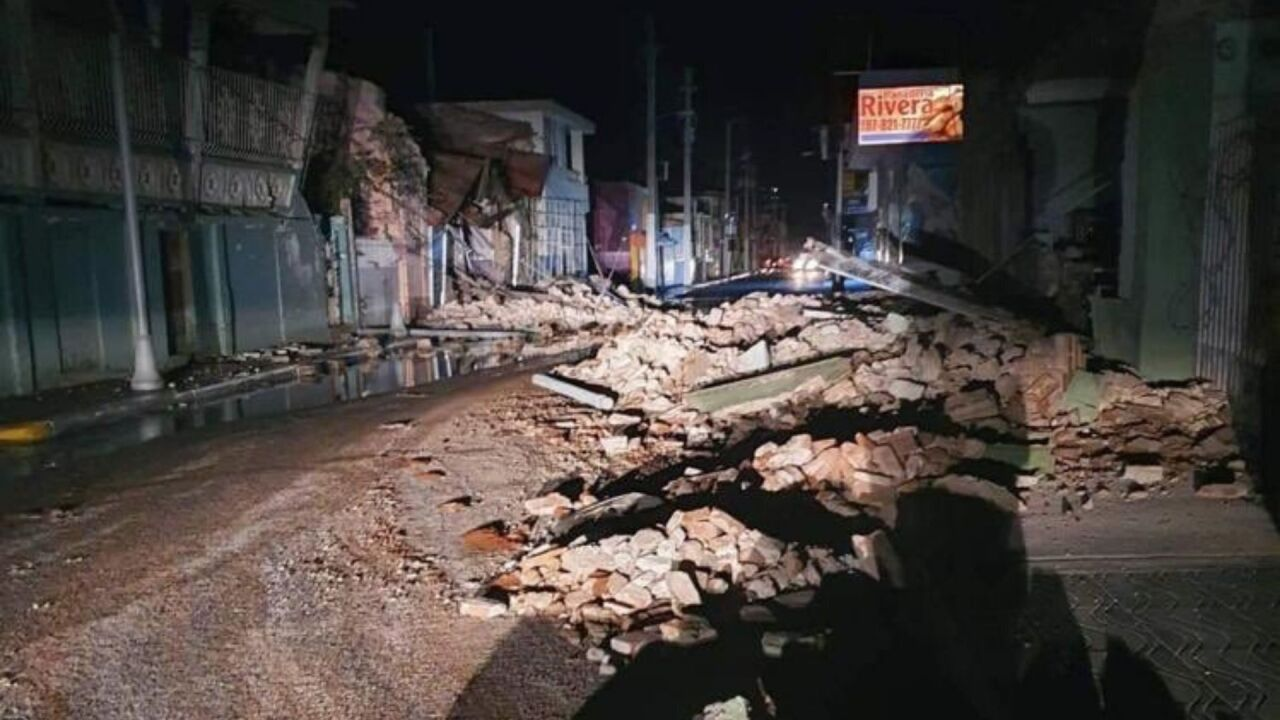 Damage from 6.5 earthquake in Puerto Rico