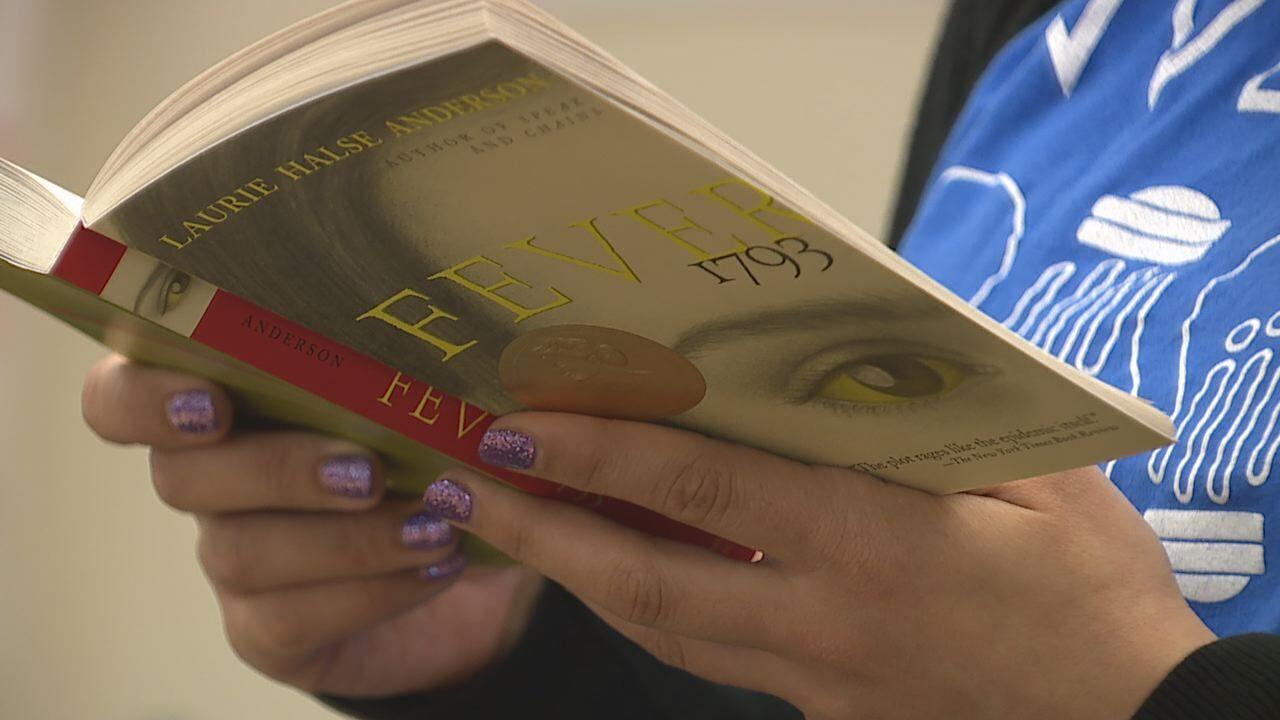 CCSD & UNLV partner to give aspiring teachers a head start