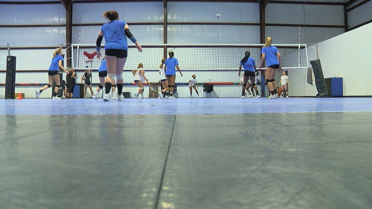 Two Tallahassee Juniors volleyball teams look to win National titles