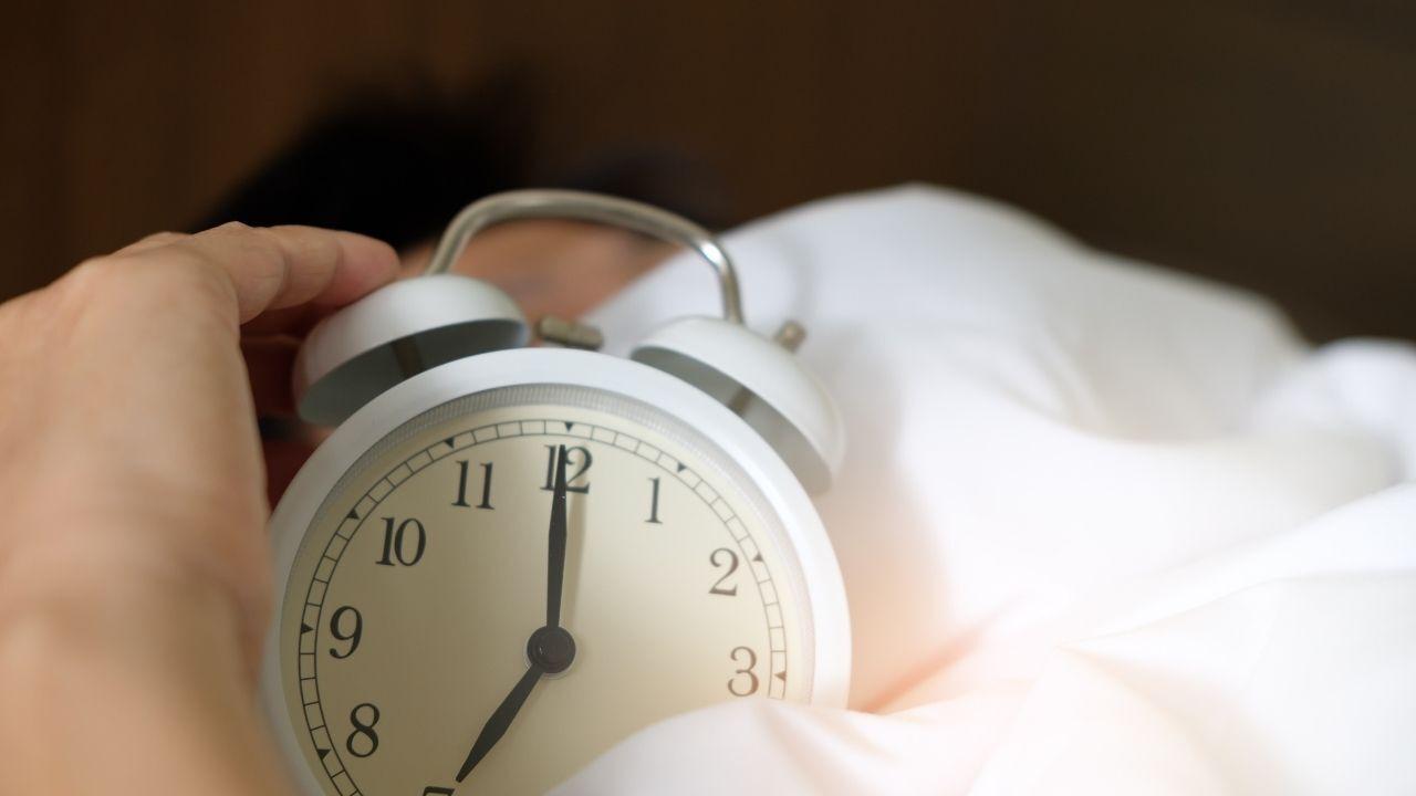 alarm-clock-generic-canva.jpg