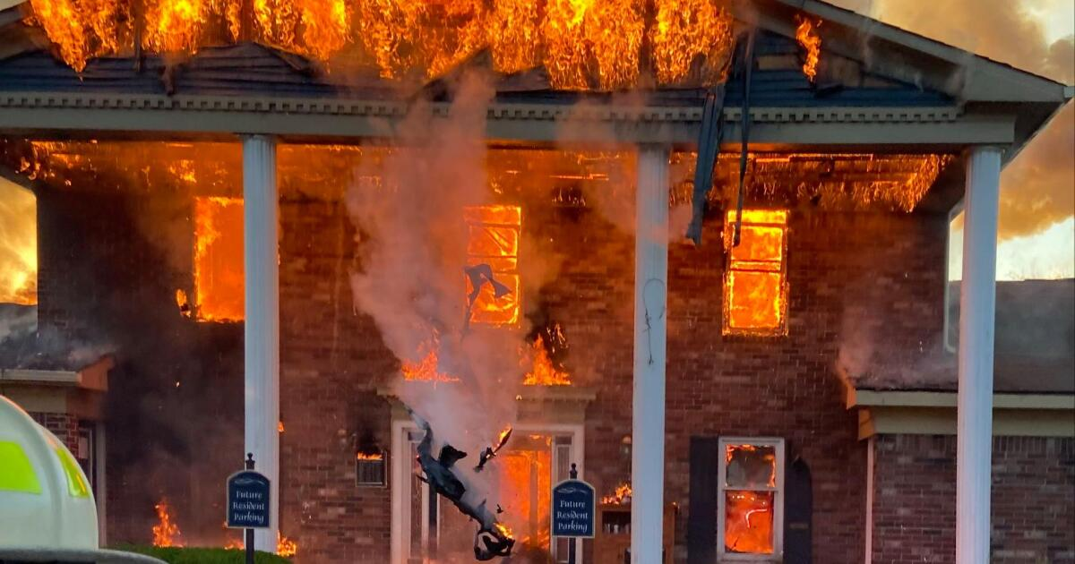 Indianapolis apartment clubhouse destroyed by morning fire