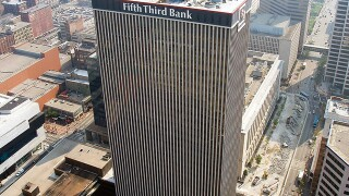Fifth Third Bank customers face network outage Friday