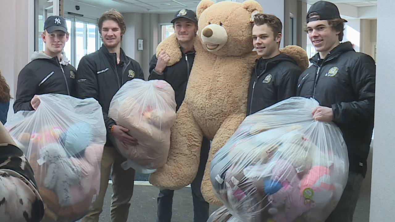 Gamblers deliver donations from 20th annual teddy bear toss to children in Green Bay